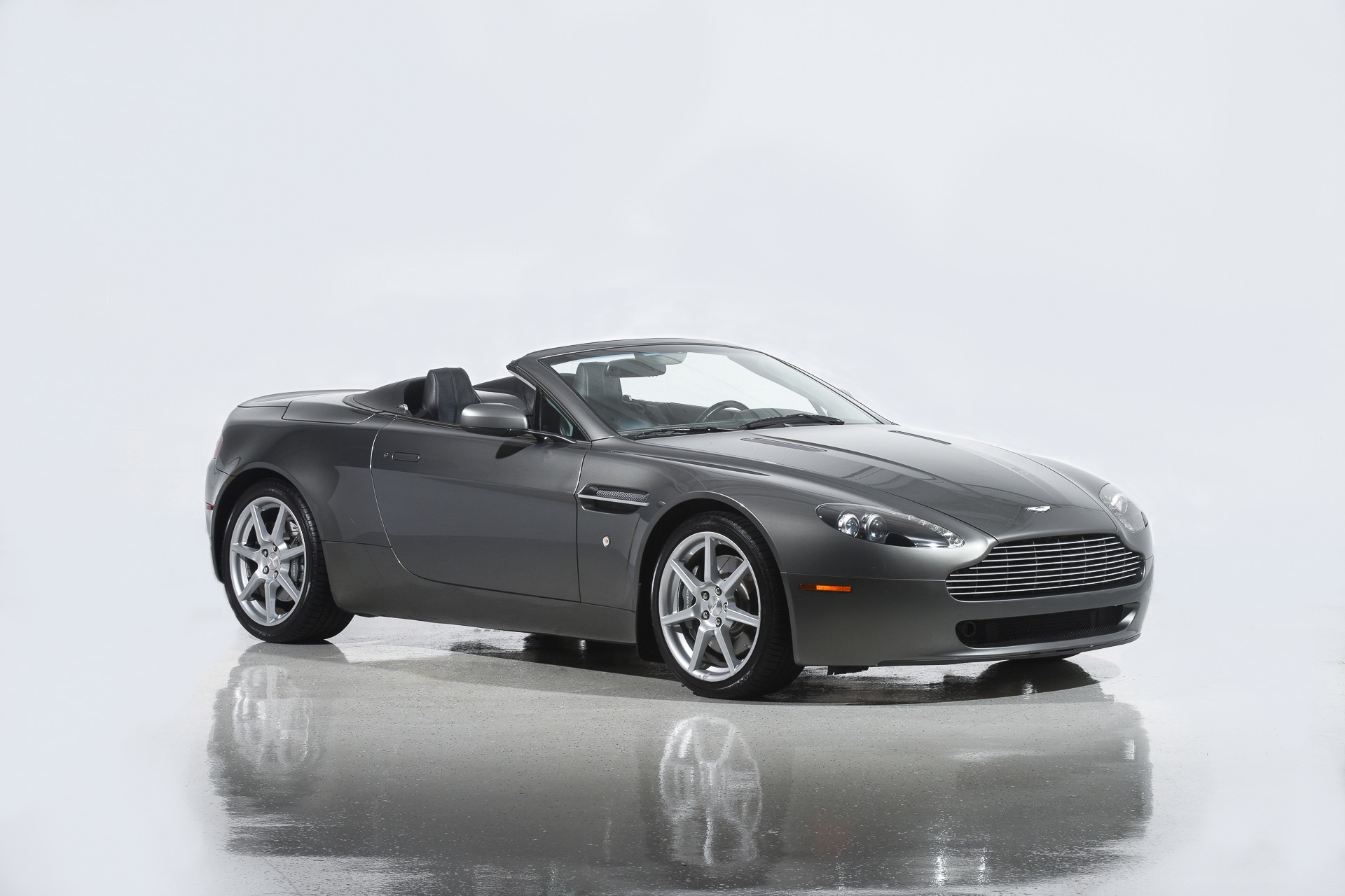 Used 2008 Aston Martin V8 Vantage Roadster For Sale 37 900 Motorcar Classics Stock 1125