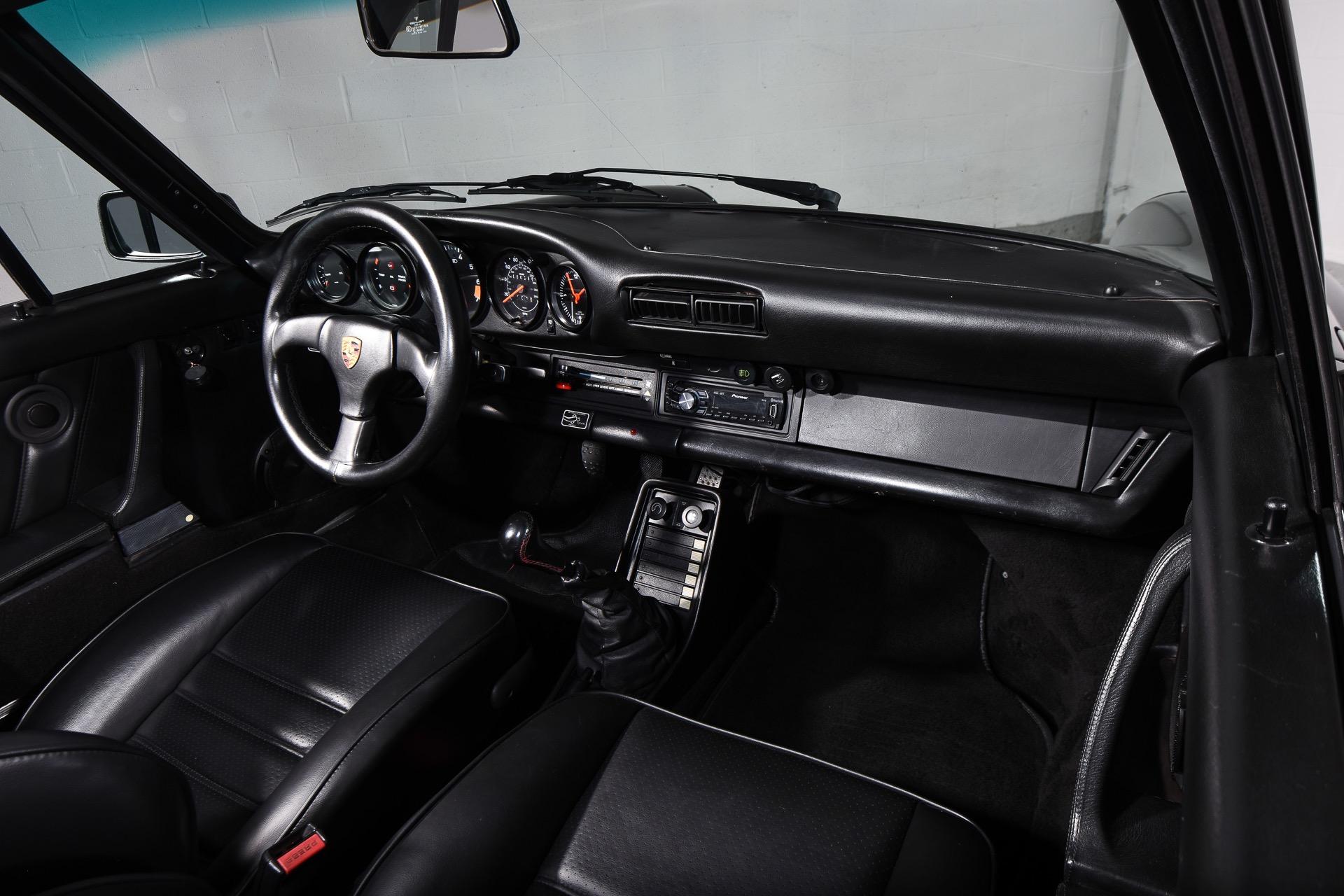 1985 Porsche 911 Carrera