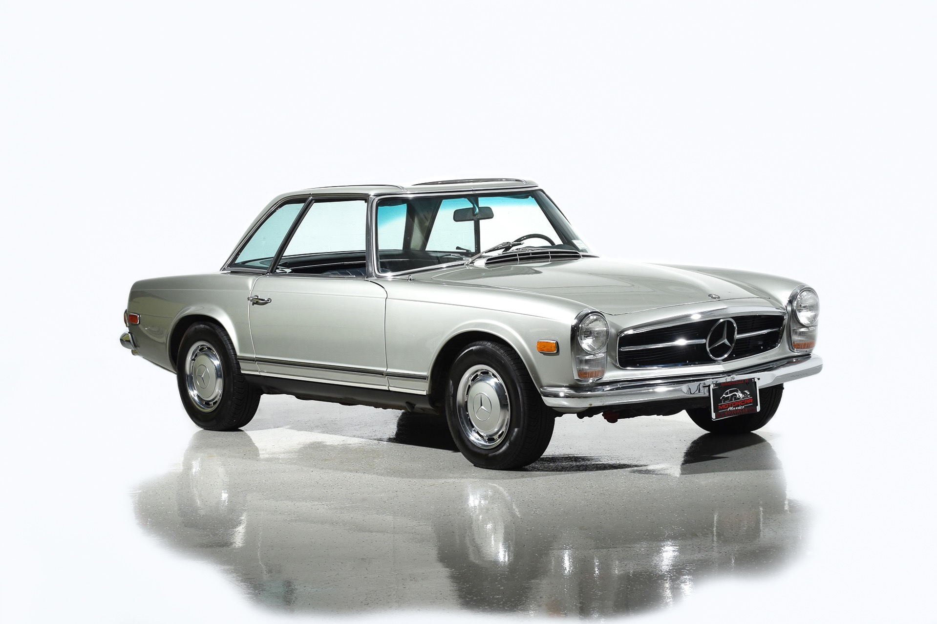 1968 mercedes benz 280sl motorcar classics exotic and for Mercedes benz me