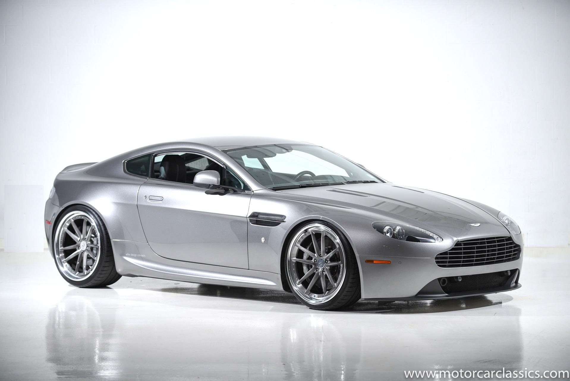 used 2013 aston martin v8 vantage for sale 68 900 motorcar classics stock 1363. Black Bedroom Furniture Sets. Home Design Ideas