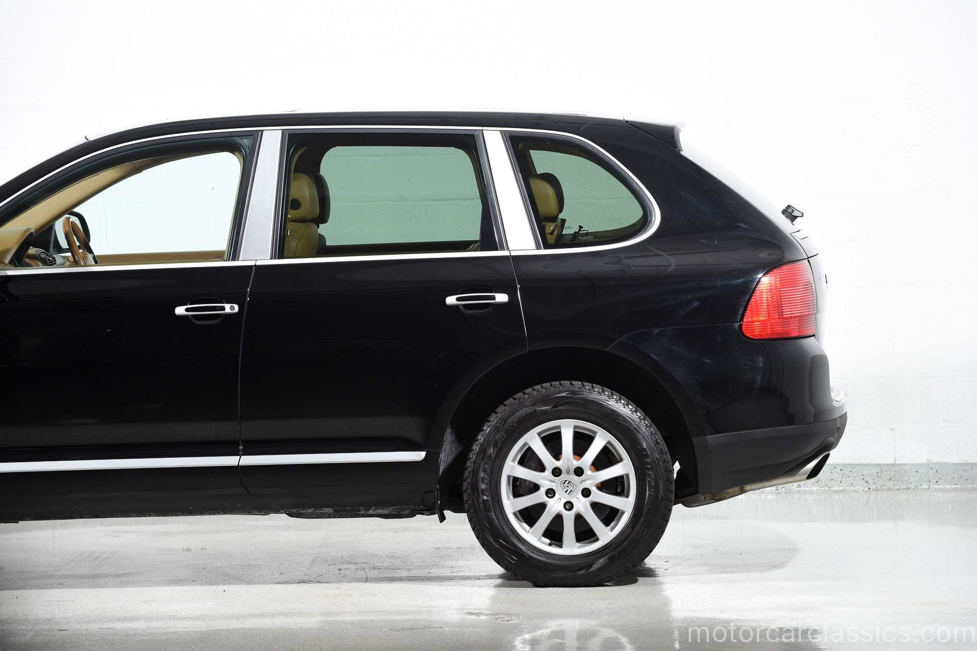 Used 2005 Porsche Cayenne Tiptronic For Sale 9 900