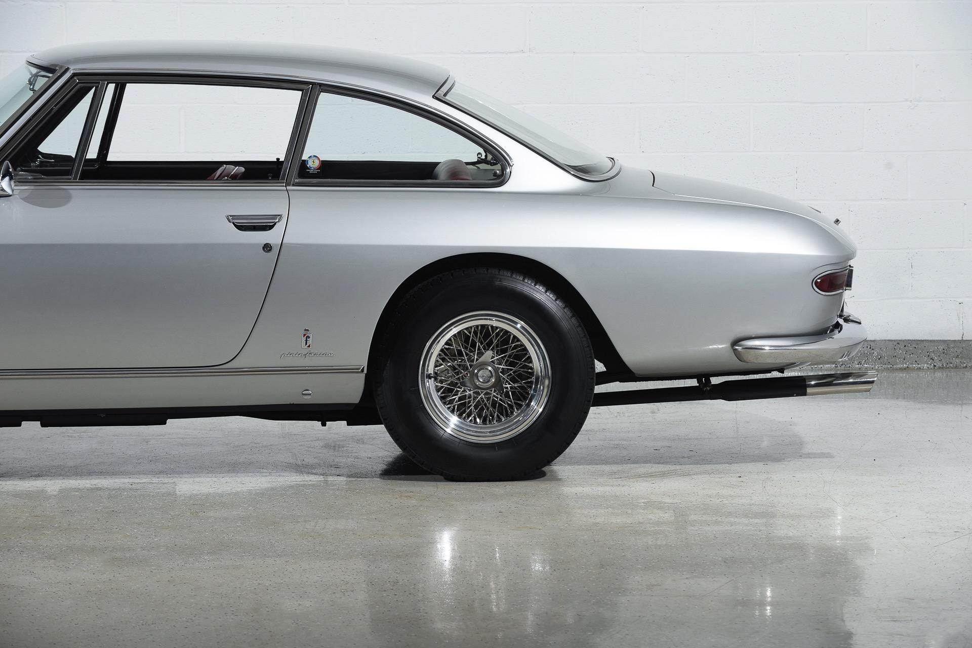 1964 Ferrari 330 GT 2+2