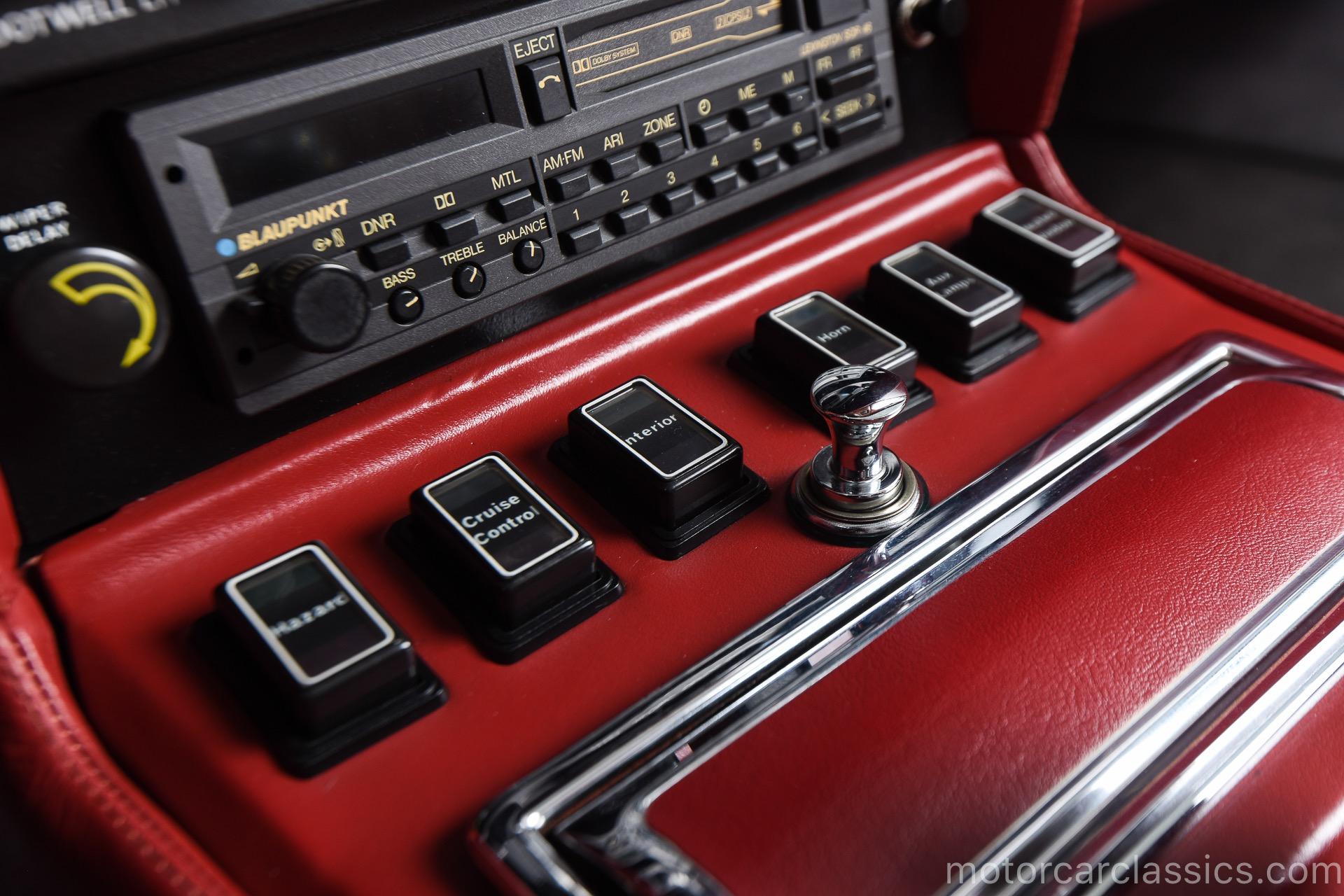 1989 Aston Martin V8 Vantage Volante