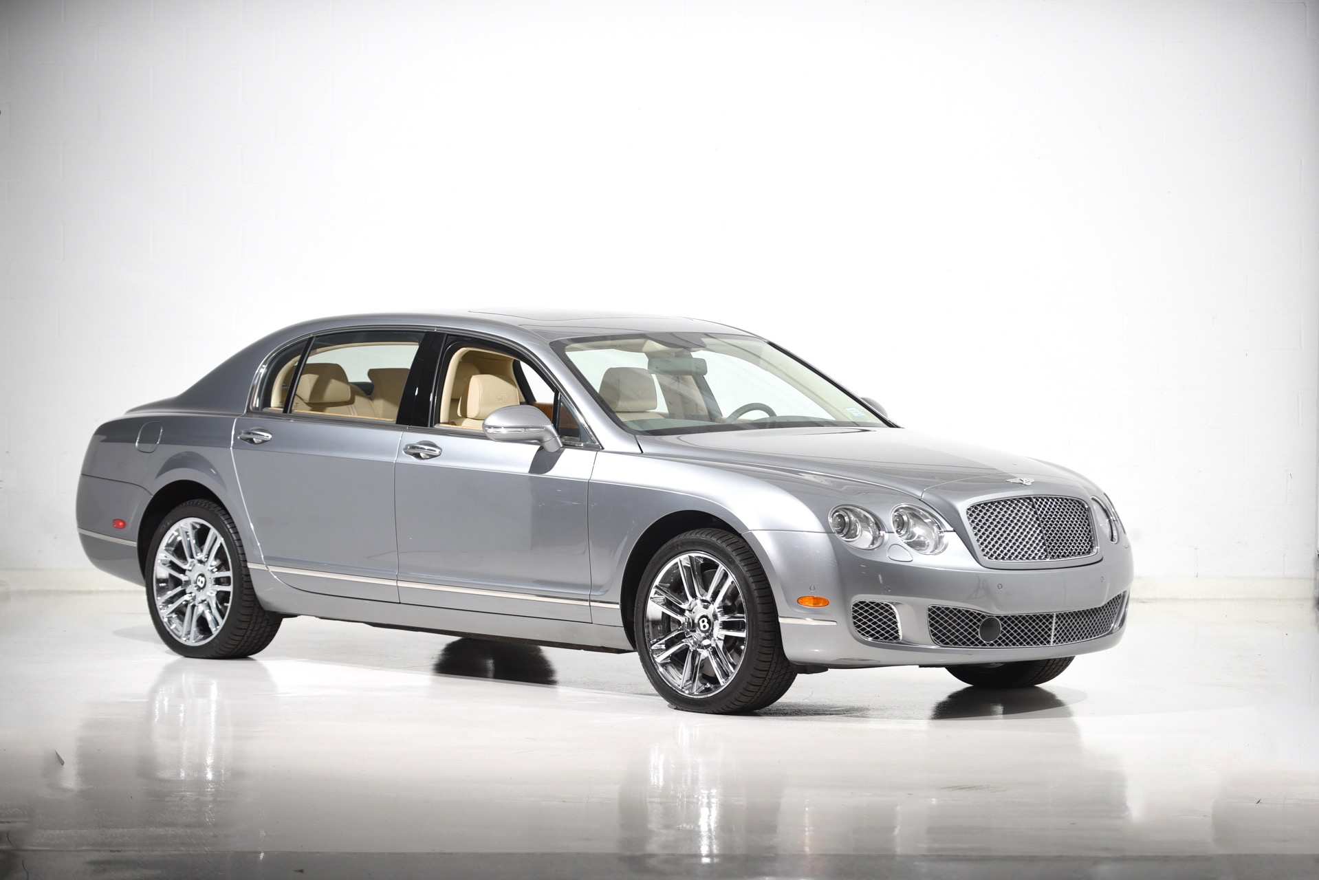 Used 2012 Bentley Continental Flying Spur | Farmingdale, NY