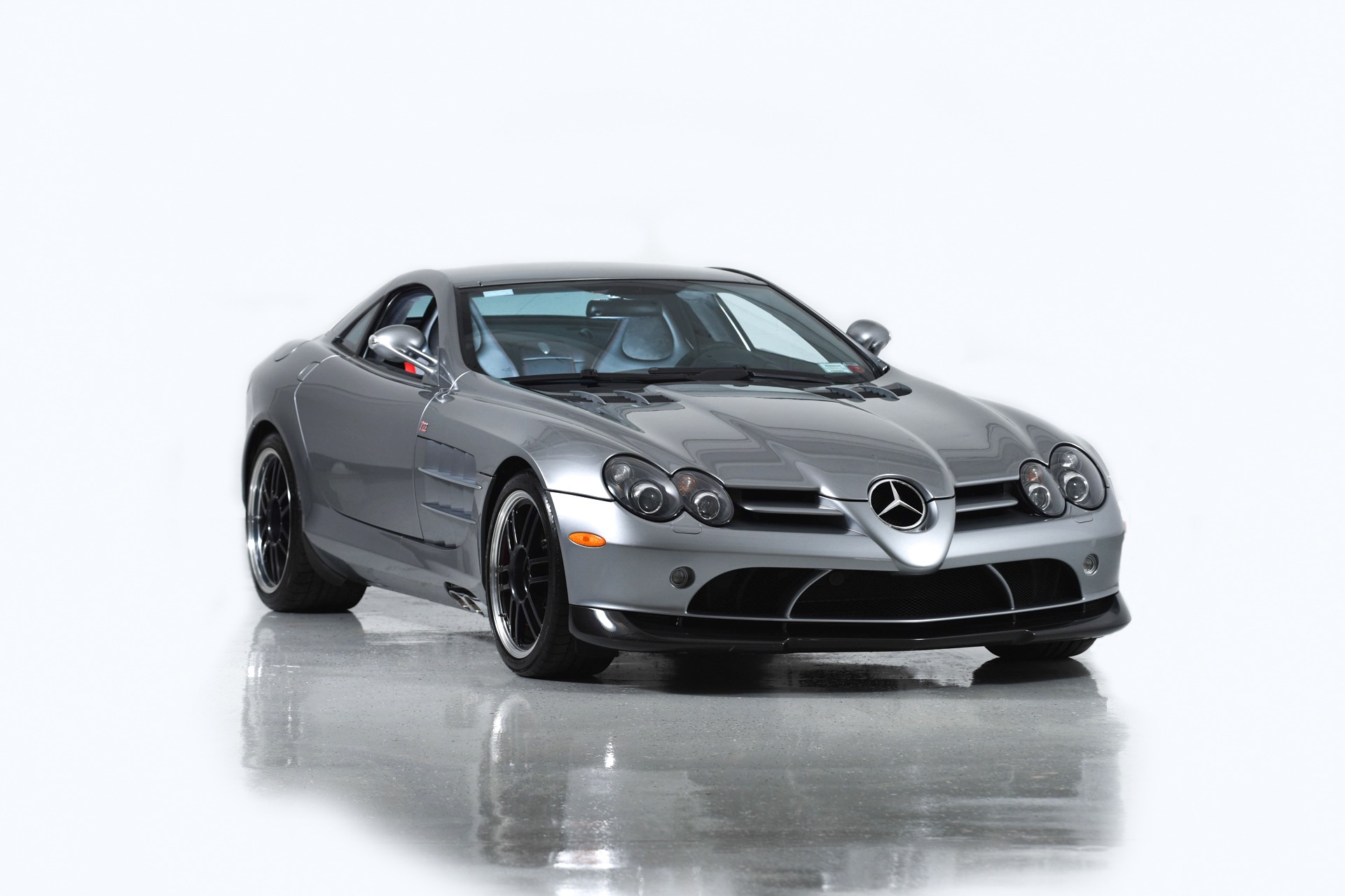 Used 2007 Mercedes-Benz SLR McLaren 722 Edition  | Farmingdale, NY