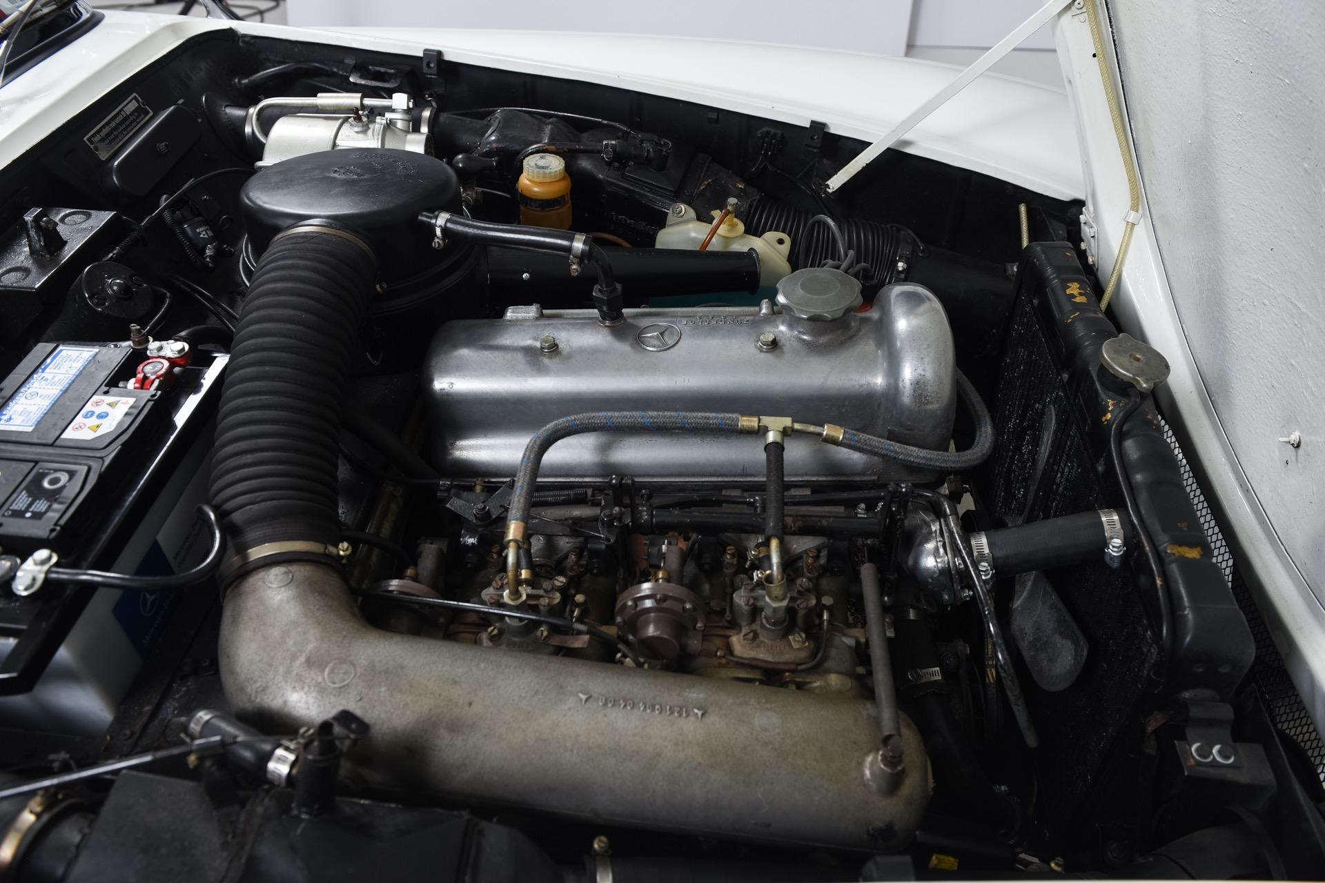 1960 Mercedes-Benz SL-CLASS 190SL