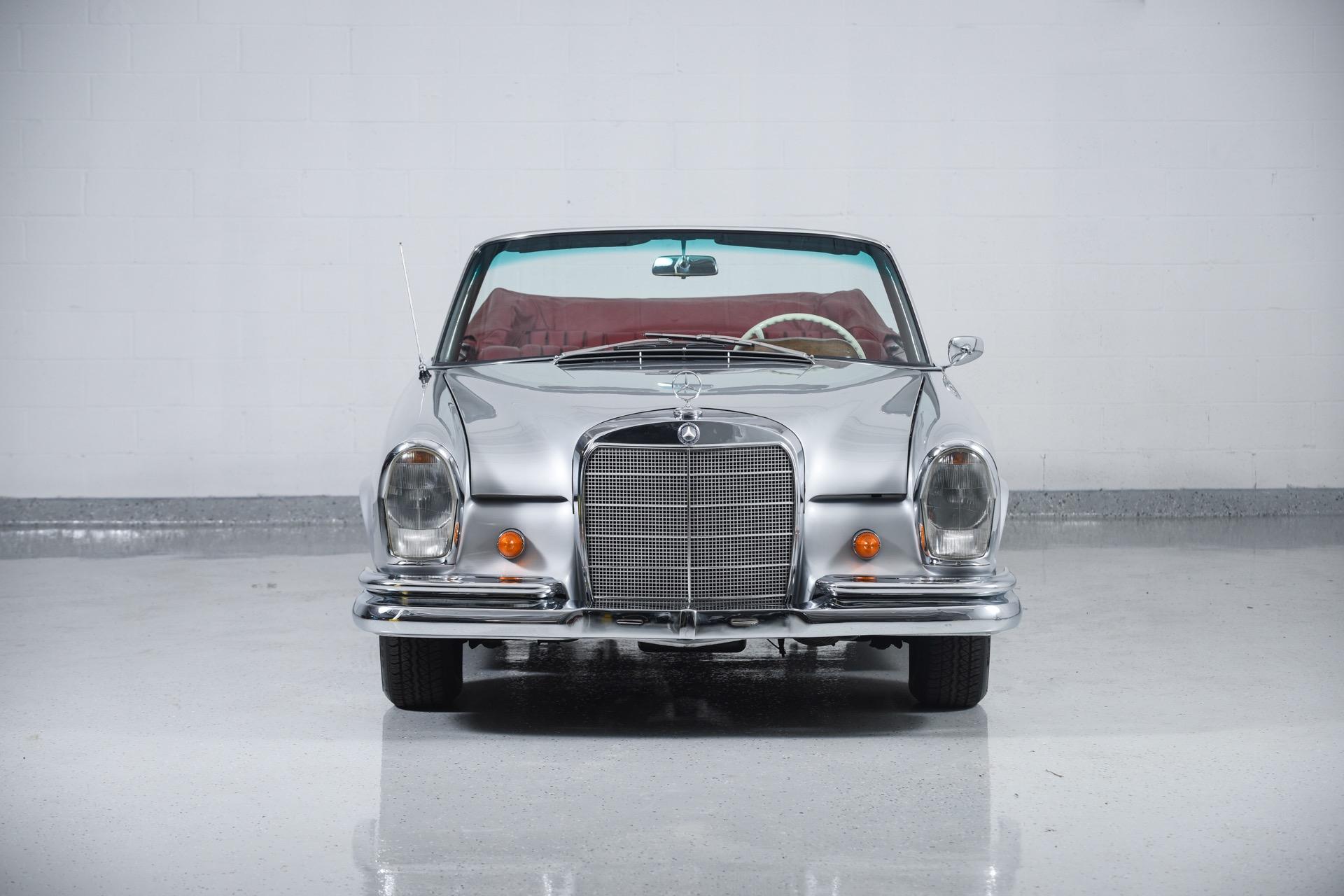 1966 Mercedes-Benz 220SE