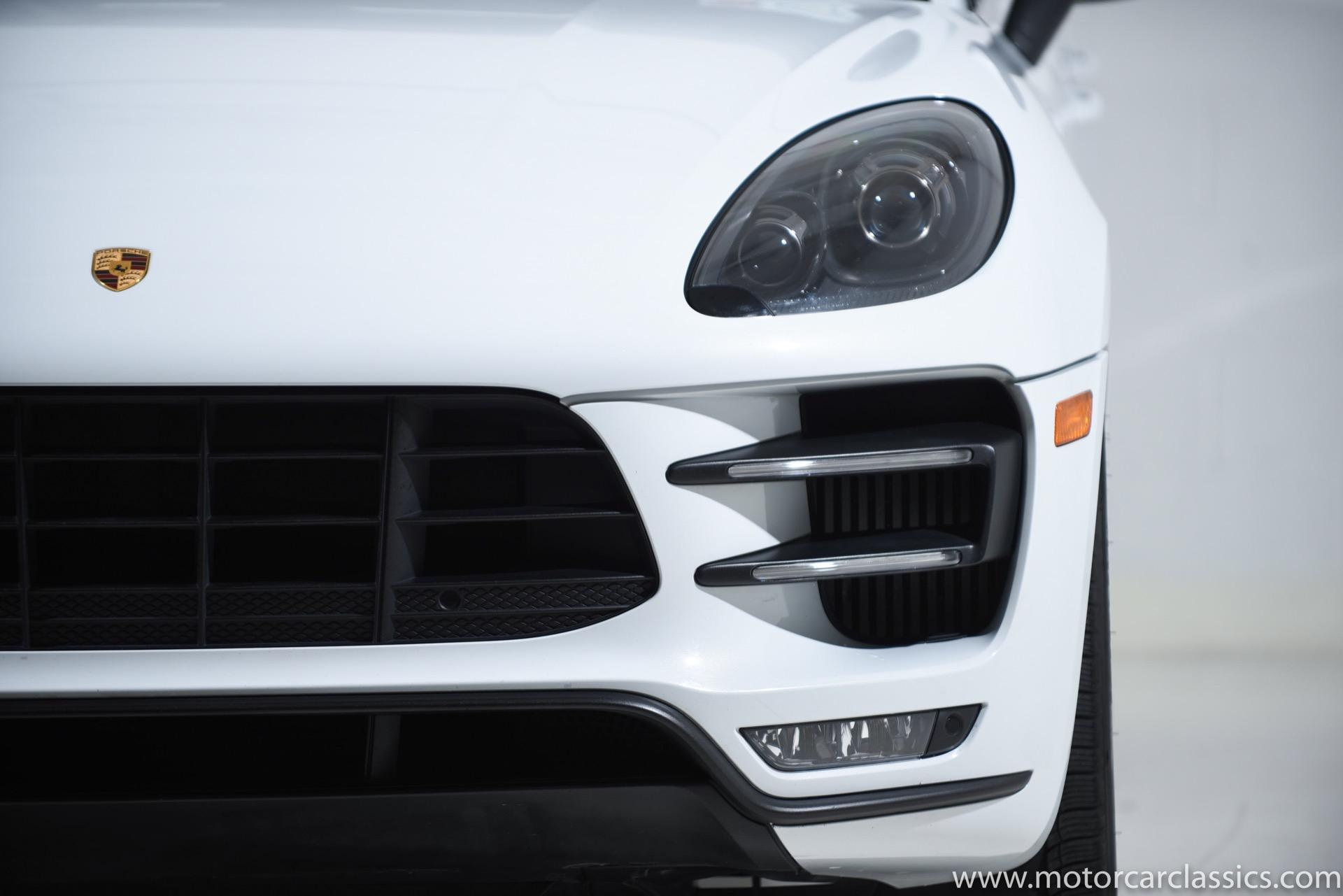 2016 Porsche Macan Turbo