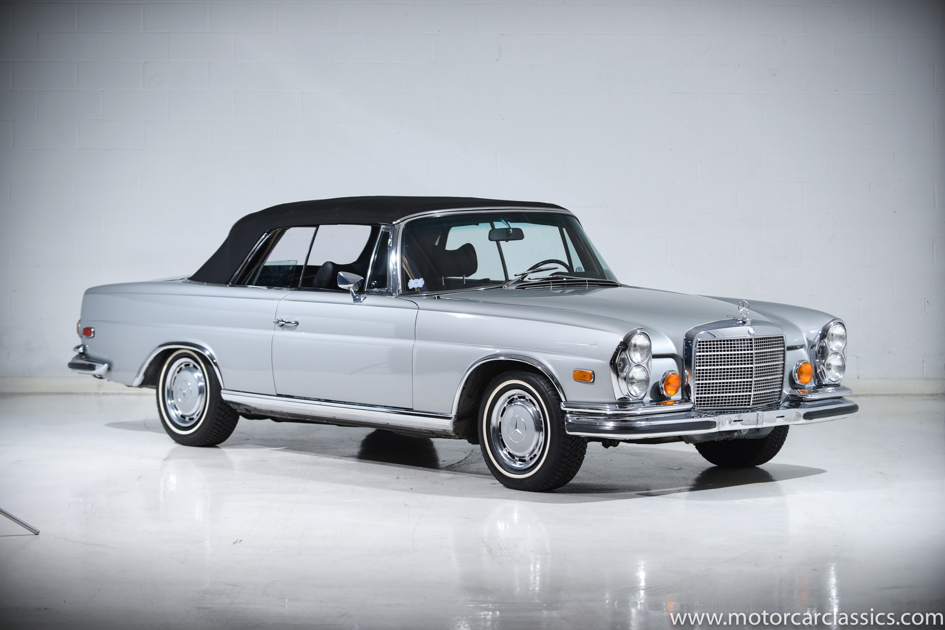 Used 1971 Mercedes-Benz 280SE 3.5 | Farmingdale, NY