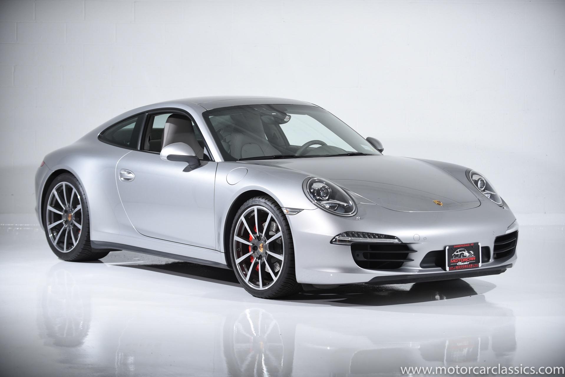 Used 2013 Porsche 911 Carrera 4S | Farmingdale, NY