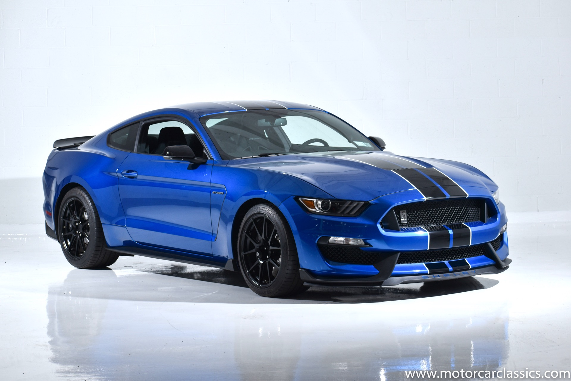 Used 2017 Ford Mustang Shelby GT350 | Farmingdale, NY