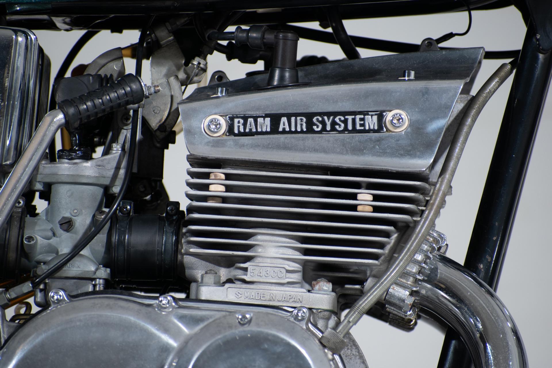 1976 Suzuki GT550
