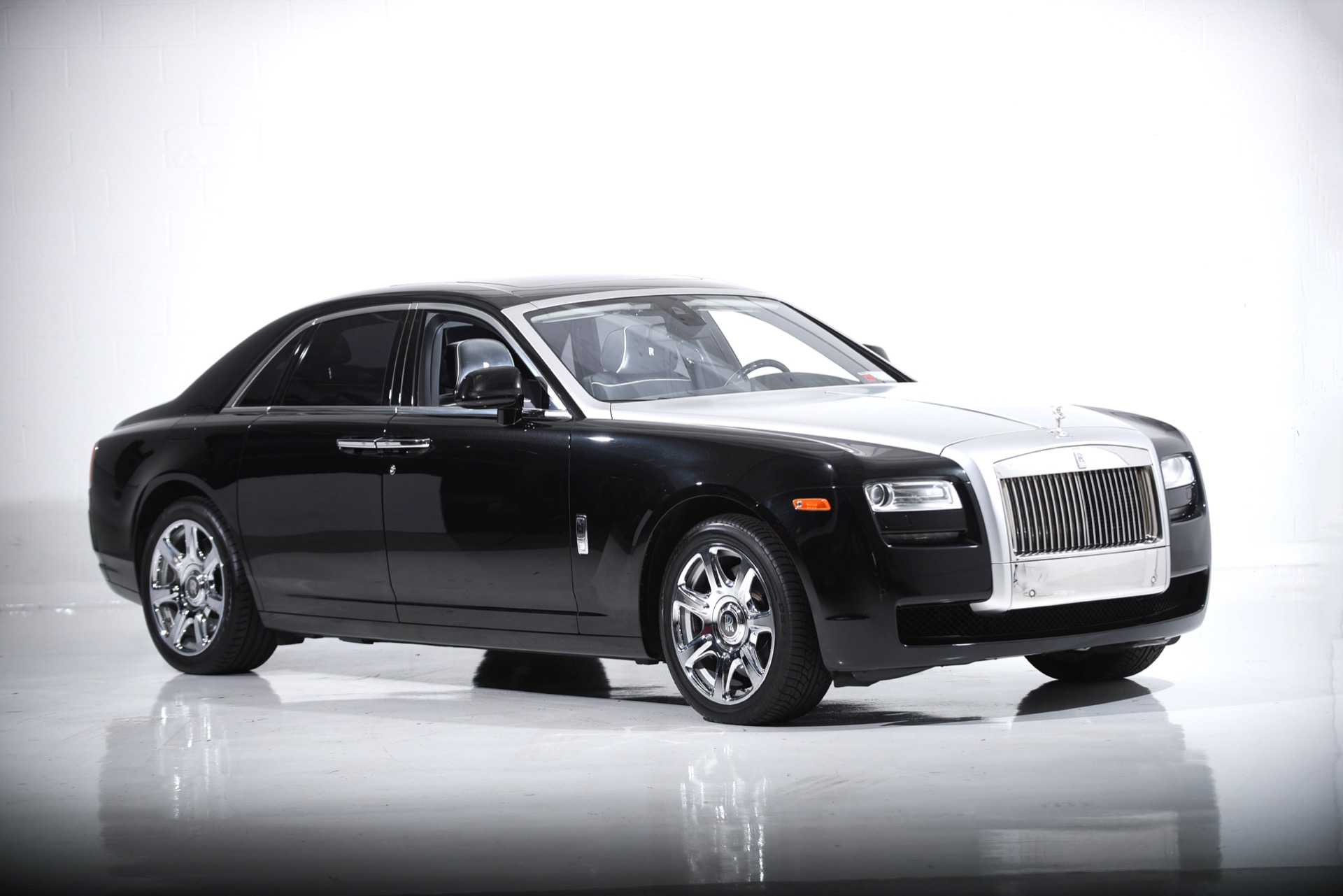 Used 2014 Rolls-Royce Ghost  | Farmingdale, NY