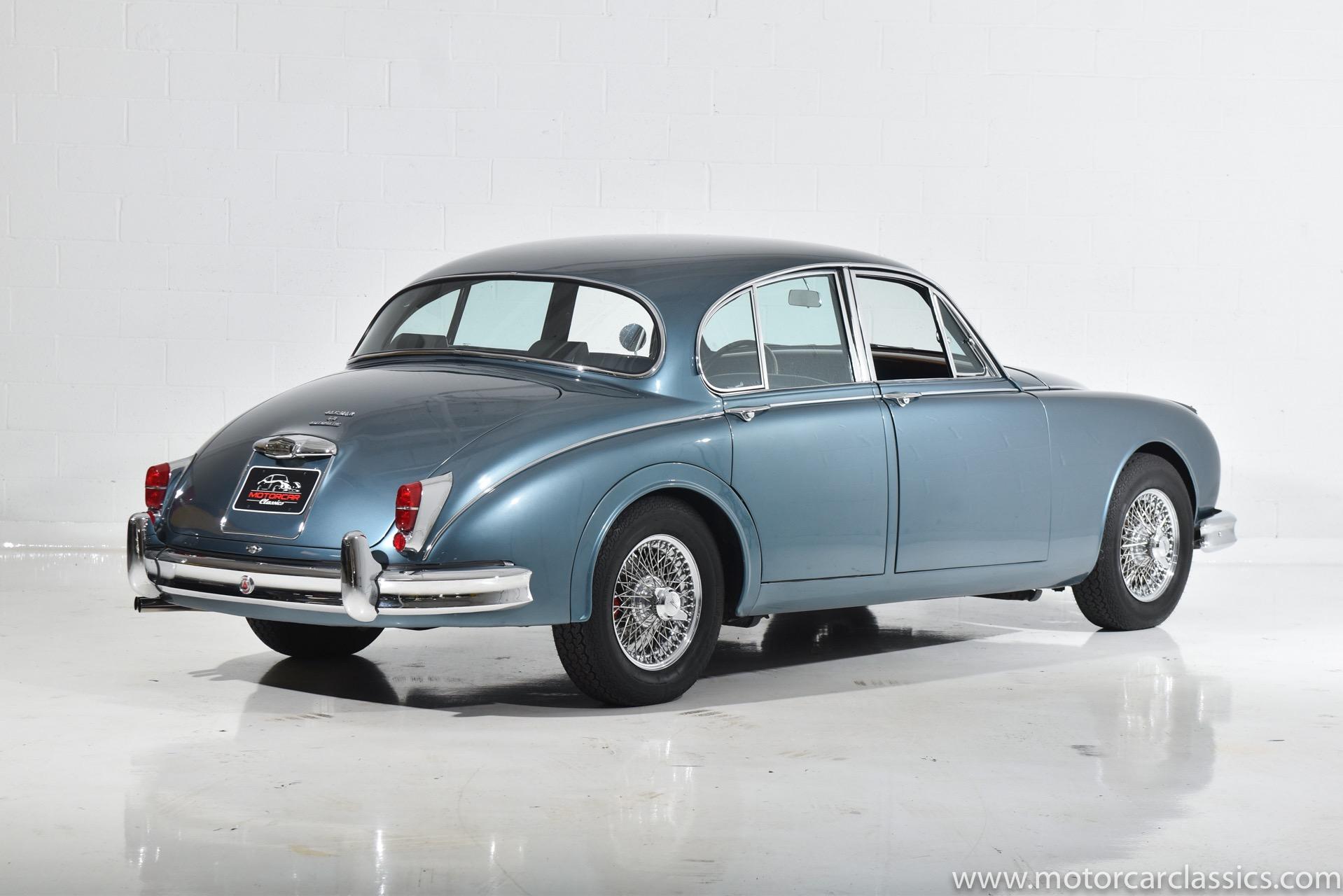 1960 Jaguar MK II 3.8L RWD
