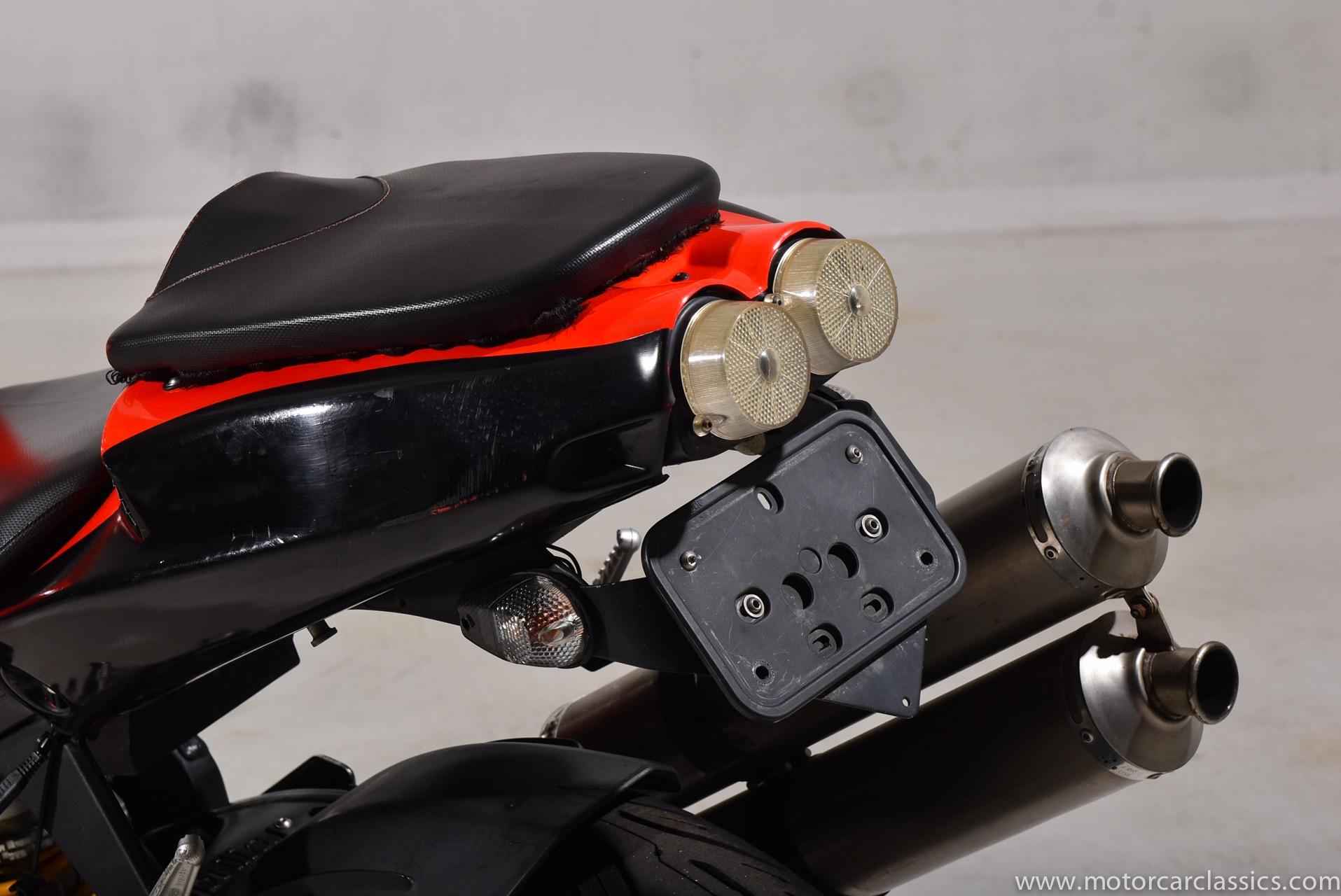 2004 Aprilia RSV1000