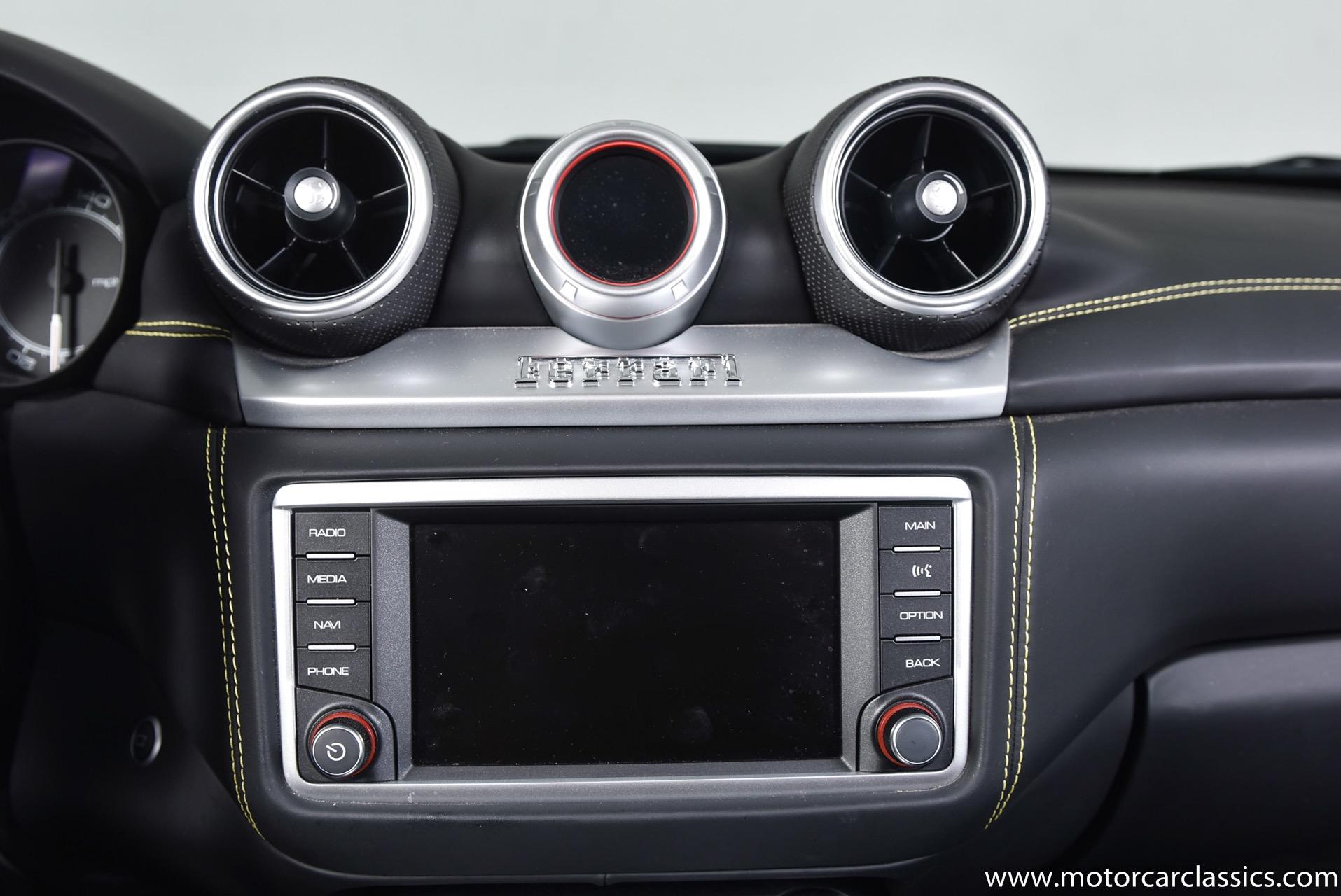 2016 Ferrari California T
