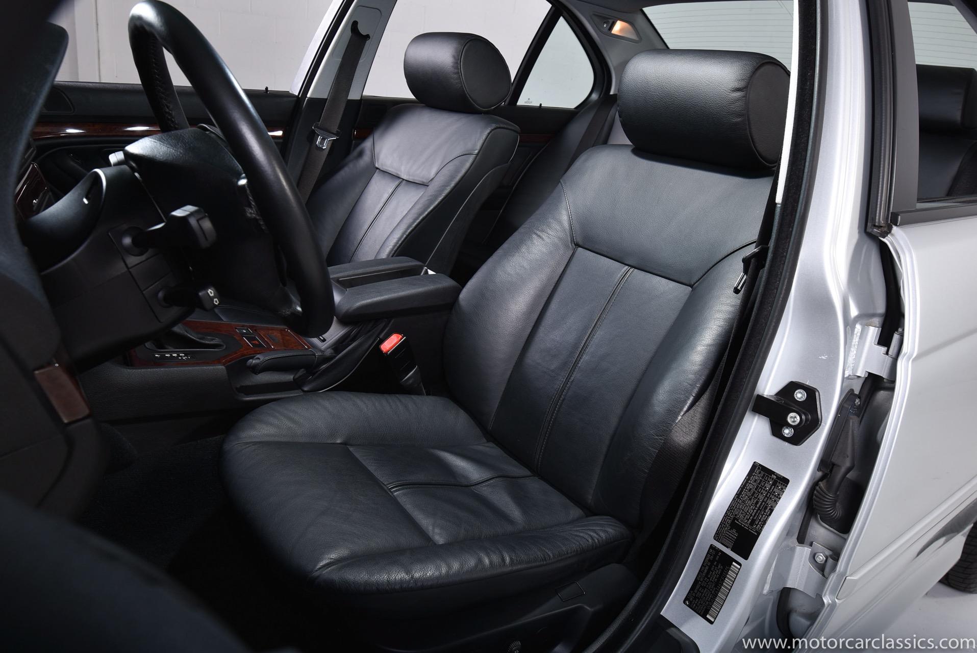 2001 BMW 5 Series 530i