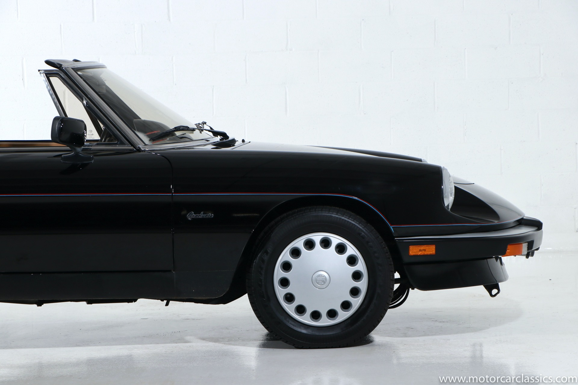 1988 Alfa Romeo Spider Graduate