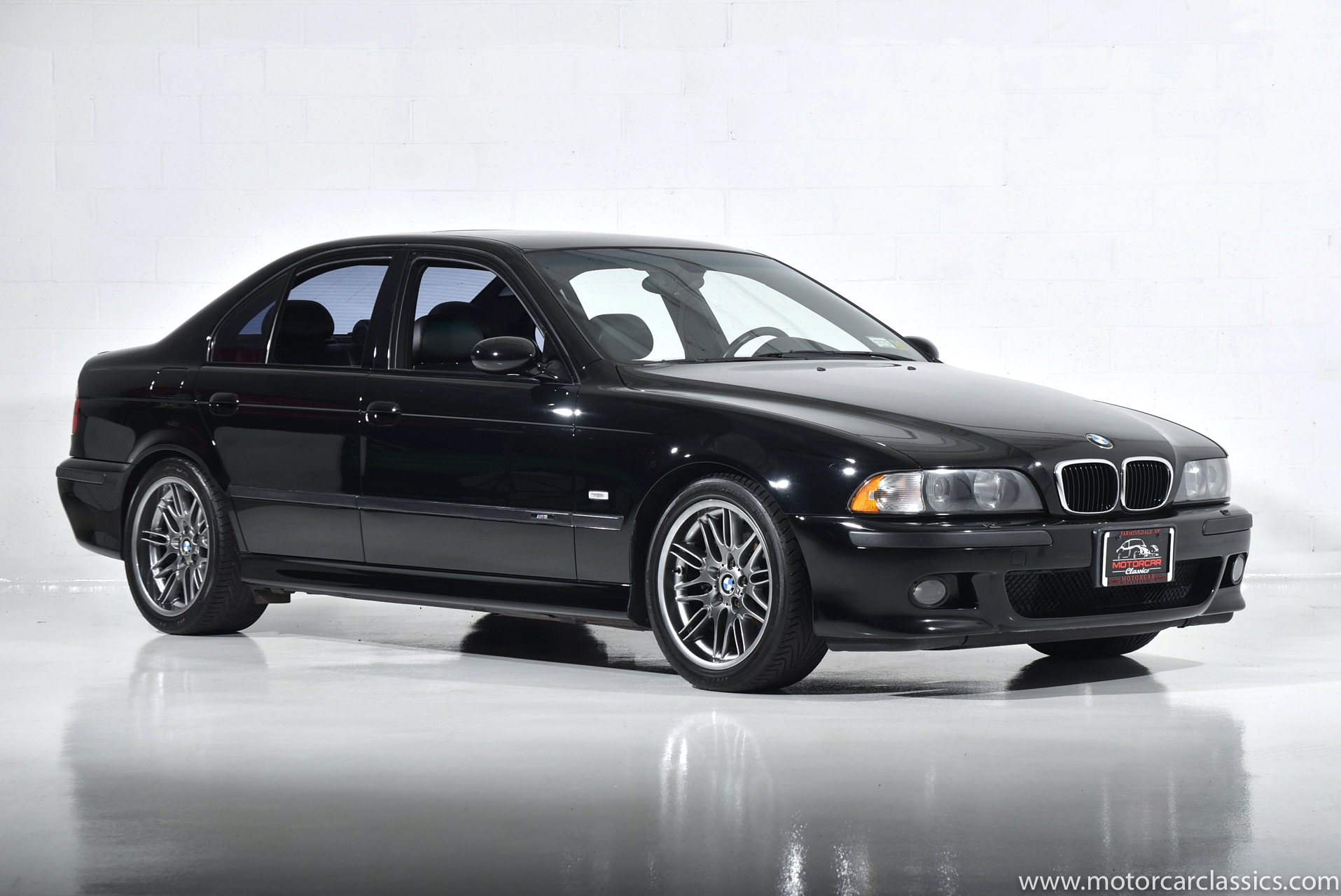 Used 2000 BMW M5  | Farmingdale, NY