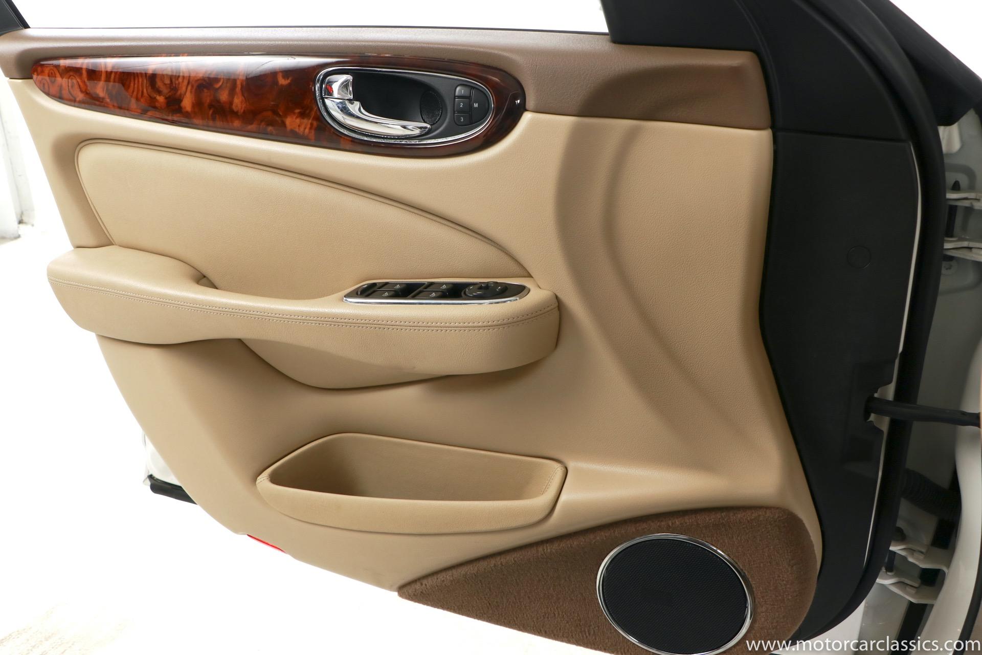 2005 Jaguar XJ-Series XJ8 L