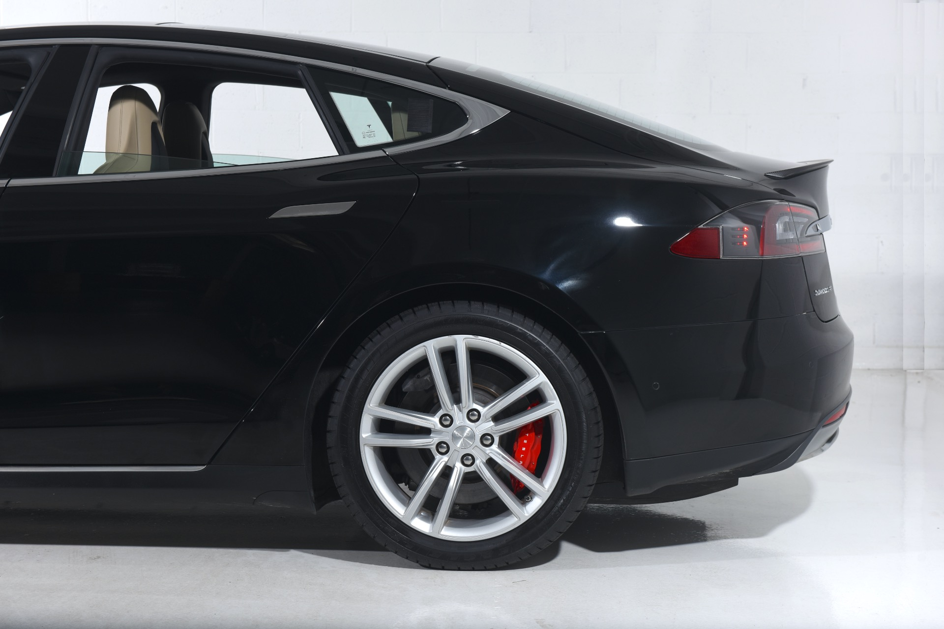 2014 Tesla Model S P85D